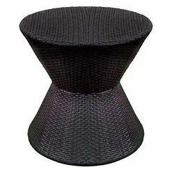 Universal Furniture Rattan & Wicker Black Modern Round Table