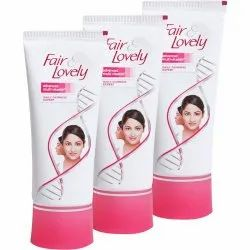 Fair & Lovely It Has Multi-vitamins Fair And Lovely Cream, Packaging Size: 50gm, Packaging Type: Tube