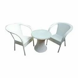 Universal Furniture Garden & Balcony Table with 2 Sofa Chairs
