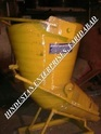 Tower Crane Banana Concrete Buckets with Rubber Hose Pipe