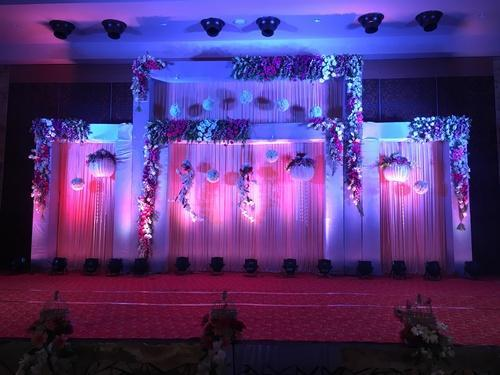 Wedding decorations wedding decoration lucknow cake and flowers wedding decorations junglespirit Images