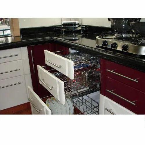 Modular Kitchen Cabinets Plywood Rectangular Modular Kitchen Cabinets, Rs 1500 /square feet