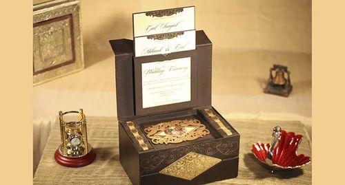 Cardboard Paper Brown Elaborate Wedding Invitation Card