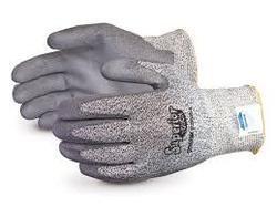 Dyneema Gloves Cut Level 5