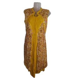 Sleeveless Ladies Printed Viscose Rayon Kurti, Machine wash, Size: S - XXL