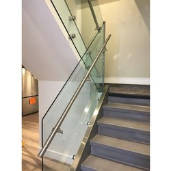 Stainless Steel Glass Railing, Material Grade: SS 304, For Home,Office
