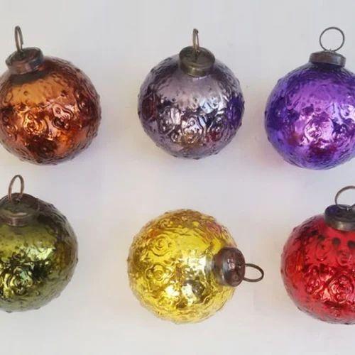 Vinita Impex Round Mercury Glass Embossed Ball Christmas Ornaments
