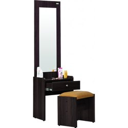 SPE DR Particle Board Dressing Table, For Home, Size: 5* 2* 1.5