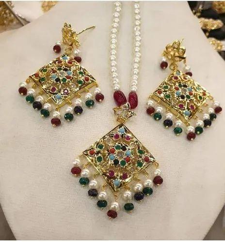 b13b7de91 Pearls Jewellery at Rs 1500 /box | Pearl Jewelry | ID: 21139163712