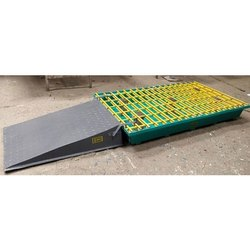 Plastic Spill Pallet / Tray With Ramp