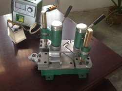 Portable UPVC Corner Welding Machine