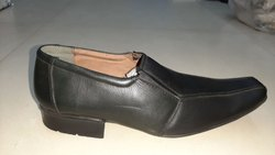 Men Black Shoes