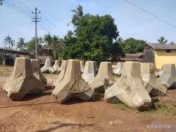 semetric Concrete Concret Tetrapods, in Belgaum, karnataka, Size: DEFERENT
