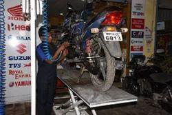 180CC And Above Bikes Regular Premium Repairing Services