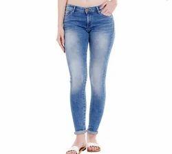 Ladies Low Rise Jegging Fit Jeans