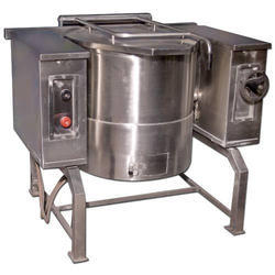 240 V SS Tilting Boiling Pan for Commercial, Capacity: 50-150 L
