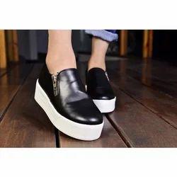 V1 Enterprises Plain Ladies Black Casual Shoes, Size: 10