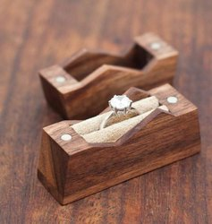 Wood Rectangle Hand Ring Case, Model No.: 3434