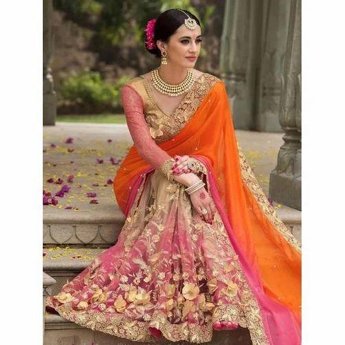 d09362117d Silk Designer Indian Wedding Saree with Blouse Piece, Saree Length: 6 m
