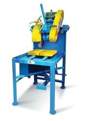 Semi automatic brick cutting machine