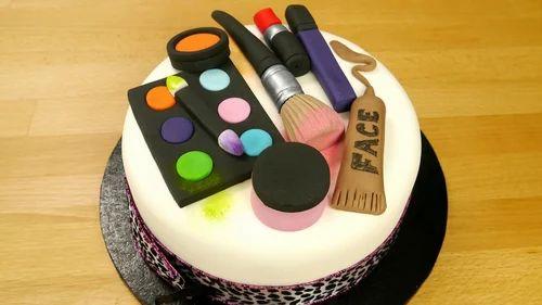 Girls Makeup Kit Cake