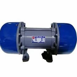 Dahra 3 Phase Vibration Motor, Power: 0.14-5 KW, 415 V