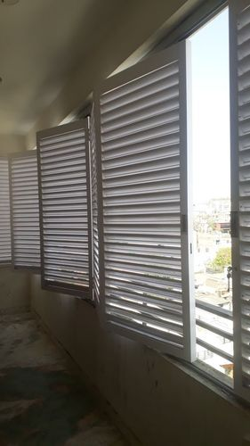 Aluminium Sliding Doors With Louvers System For Commercial