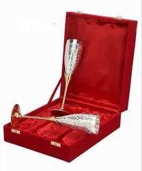 Silver Plated Silver Finish Decorative Handicrafts, Size/Dimension: Normal