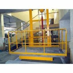Horizontal Hydraulic Goods Lift