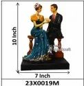 Decorative Love Couple Statue