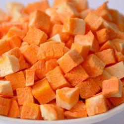 Dehydrated Dried Carrot Cubes