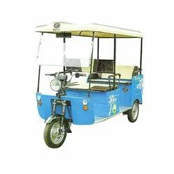 Kinetic Super Dx E-Rickshaw, Vehicle Capacity: 4 Seater