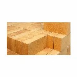 Rectangle Buff Yellow Boiler Insulating Brick, For Insulation, Size: 9 In. X 4 In. X 3 In