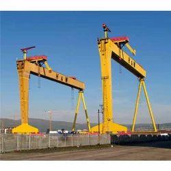 Traveling Goliath Cranes