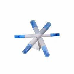 白色和蓝色Pramind基地与旋转笔