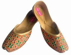Leather Ladies Orange Multi Kundan Pakistani Juti Punjabi Jutti, Size: 7