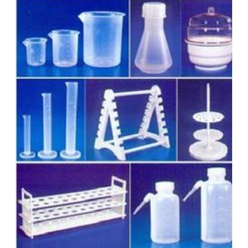 Laboratory Plasticware For Industrial Rs 100 Pack