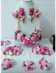 Ladies Artificial Flower Necklace Set