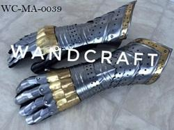 Medieval  Armour Warrior Gauntlets