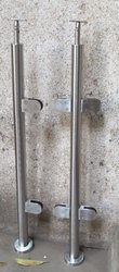 Glass railing balustrade