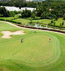 Boutique Golf Course