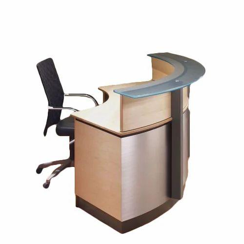 desk topmost