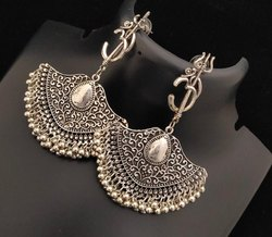 Oxidized Metal White Artificial Earring