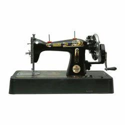 Luxmi Tailor Stitching Machine