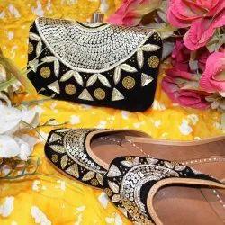 Golden Black Designer Punjabi Jutti With Matching Clutches