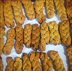 Braided Spicy Cheese Cookies