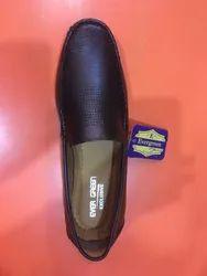 Laceless Shoes