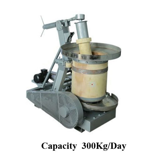 Edible Oil Extraction Machine, Capacity: 300 Kg / Day