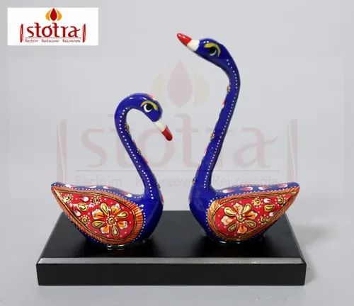 Swan Figurine Showpiece