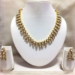 Round kunan set High Quality Kundan Wedding Wear Necklace, Necklace, Earring, Size: Freesize